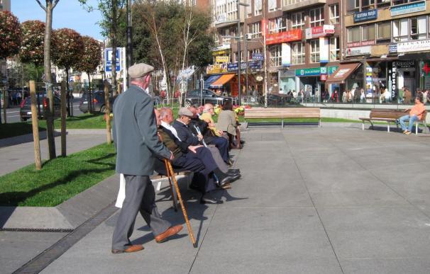 Jubilados de CC.OO. se concentran mañana ante Economía para pedir la descongelación de las pensiones