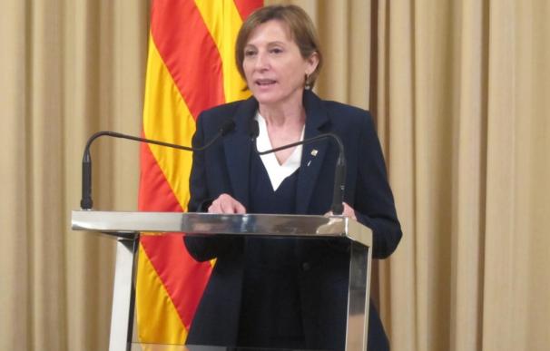 Forcadell asume la orden de Rajoy y acata que el Parlament está disuelto