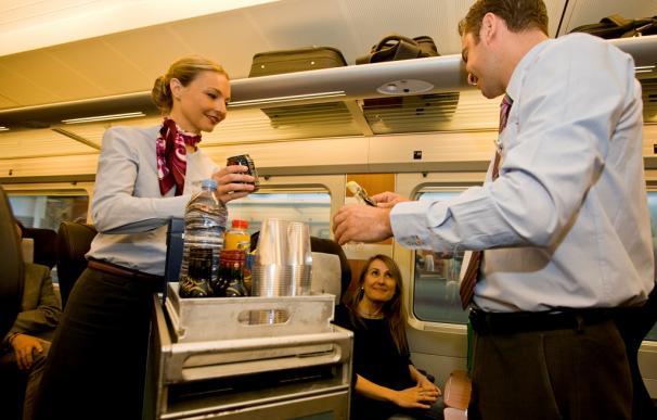 Ferrovial se encarga del servicio a bordo en trenes de larga distancia.