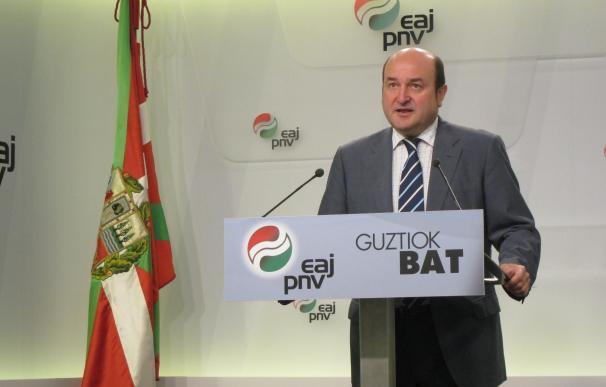 """Ortuzar (PNV) no ve """"justo prohibir el referéndum"""" catalán y cree que """"mandar a la Guardia Civil no es inteligente"""""""