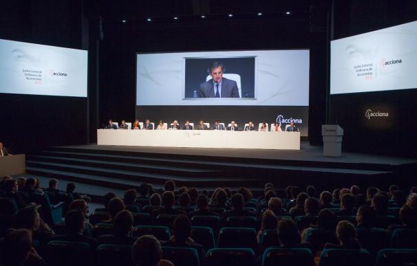 José Manuel Entrecanales cobró 4,4 millones como presidente de Acciona en 2012, un 3,2% menos