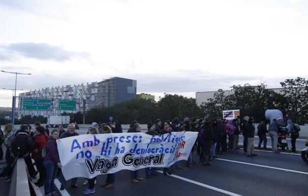 Fotografía de la huelga en Cataluña del 8 de noviembre de 2017