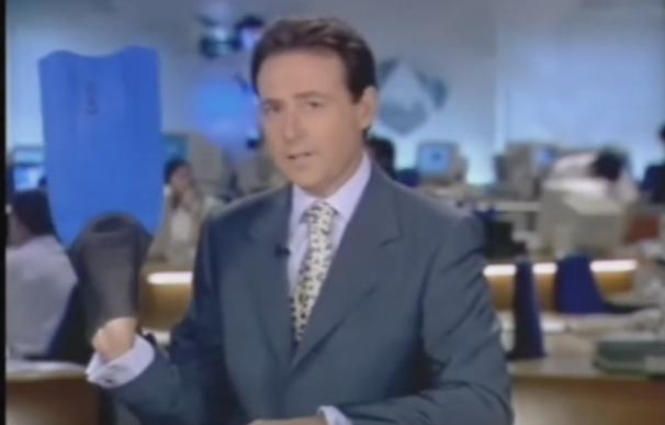 Matías Prats despidiendo el informativo en vacaciones