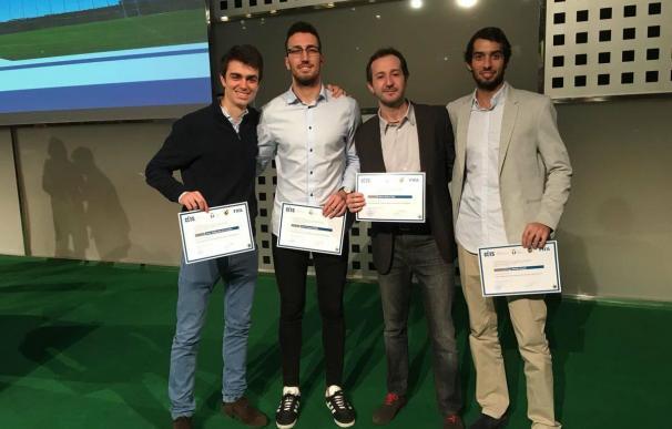 Fotografía de los ganadores del Curso de Gestión Deportiva FIFA/CIES en España.