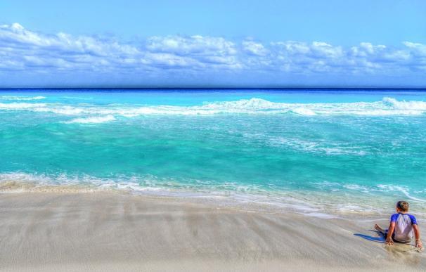 Fotografía de una playa de Cancún.