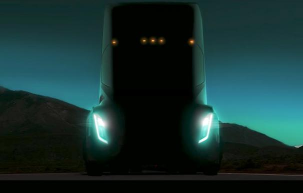 Tesla dará batalla a Daimler con su futuro camión eléctrico