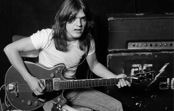 Muere el cofundador de AC/DC Malcolm Young a los 64 años de edad