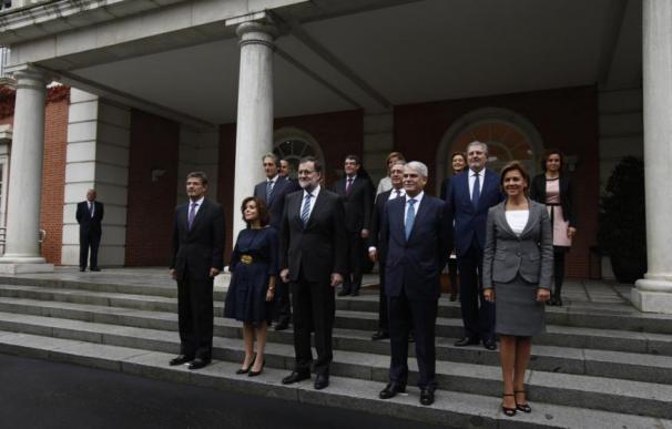 La mitad de los españoles no conoce a Méndez de Vigo, portavoz del Gobierno