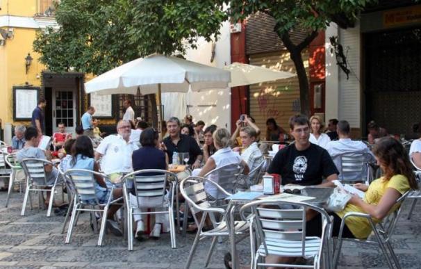 Madrid estudia ahora prohibir las estufas de gas en terrazas por la contaminación