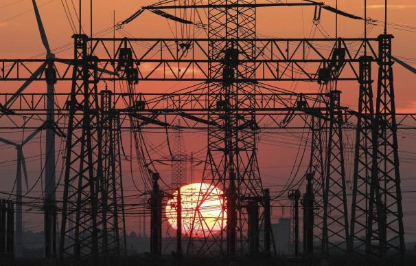 Detenidas catorce personas por un fraude en la venta de electricidad de 76 millones