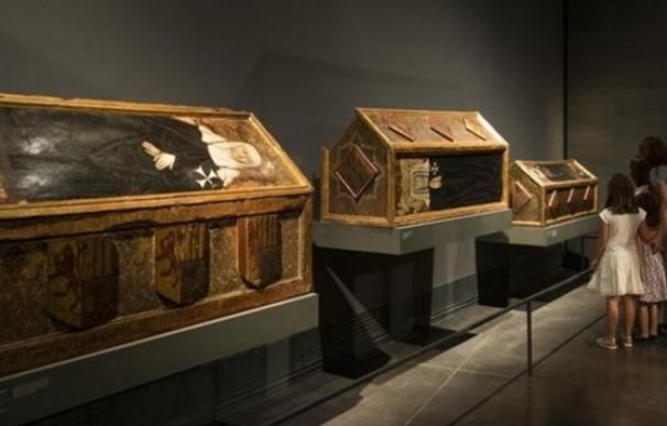 Tres de las cajas mortuorias expuestas en Lleida que deben ser devueltas Sijena / EFE
