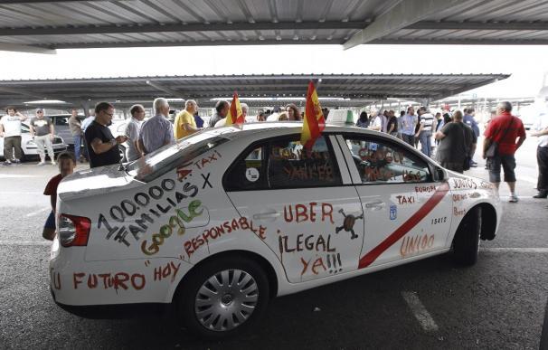 El sector del taxi pide que se sombreen o cierren páginas web como Uber Pop
