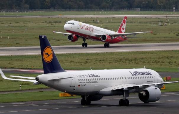Lufthansa se adelanta a EasyJet y compra gran parte de Air Berlin