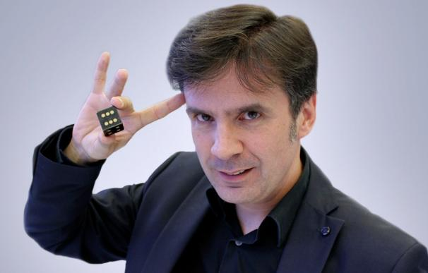El mentalista corporativo, Javier Luxor / JL