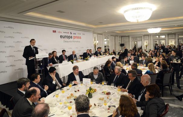 Mariano Rajoy durante su intervención en los Desayunos de Europa Press