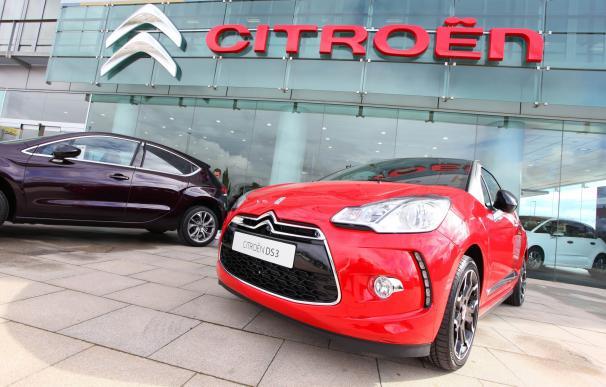 Las alquiladoras y empresas impulsan un 13% las ventas de coches en agosto, hasta 72.470 unidades