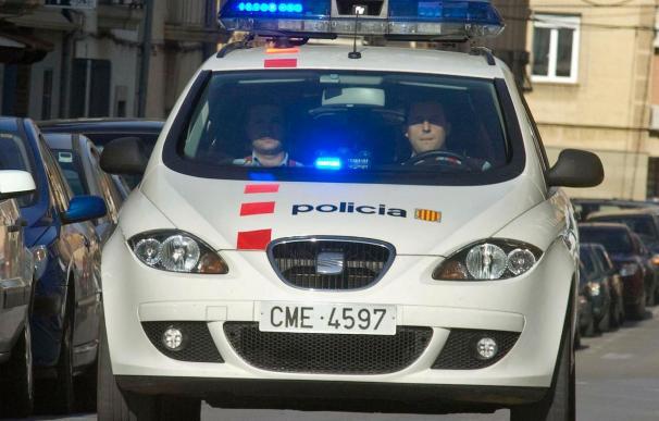Detenido un mosso acusado de herir gravemente a un taxista con un arma blanca