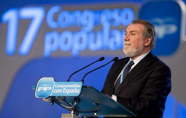 """Mayor Oreja sitúa a la Generalitat """"en la misma hoja de ruta"""" que ETA"""