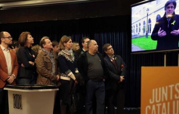 Carles Puigemont se dirige a sus simpatizantes desde Bruselas