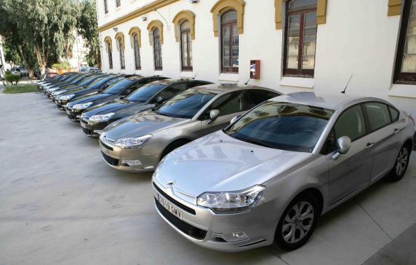 La Diputación entrega 10 coches oficiales a la concesionaria del 'renting' para ahorrar 138.000 euros