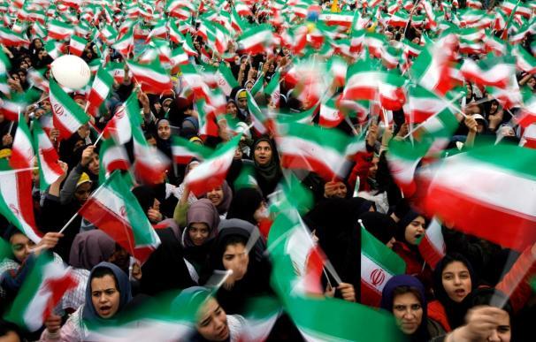 Irán conmemora la revolución de 1979 con la mirada puesta en Túnez y Egipto
