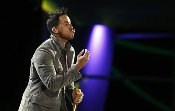 El cantante dominicano Romeo Santos se presenta durante la segunda noche de la edición 53 del Festival Internacional de Viña del Mar (Chile).EFE
