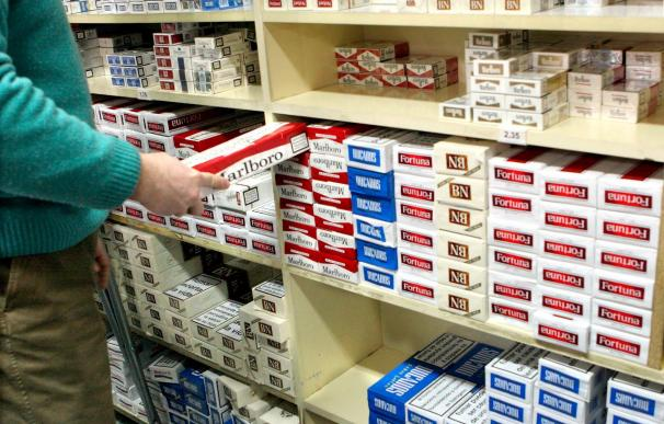 Philip Morris justifica la caída en ventas de Marlboro: el precio y apostar por Iqos