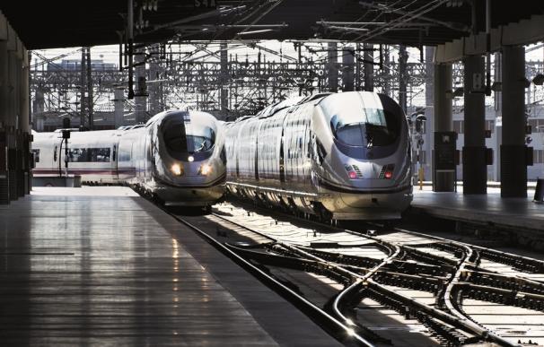 Trenes de larga distancia de Renfe.