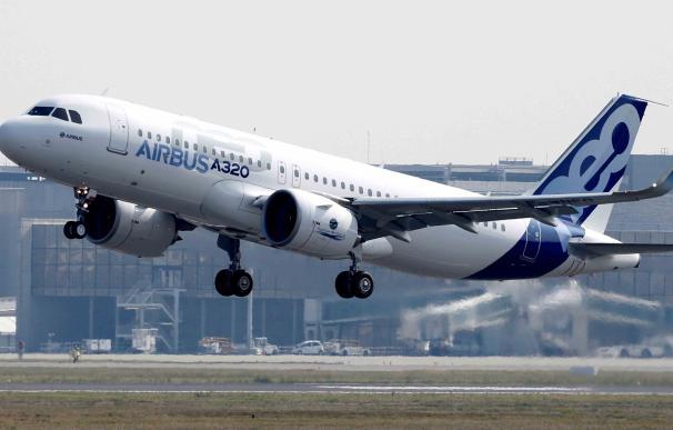 Airbus logra un contrato récord de 430 aviones para cuatro aerolíneas baratas