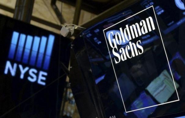 Goldman lee la cartilla a los bancos por Cataluña y solo salva a Santander