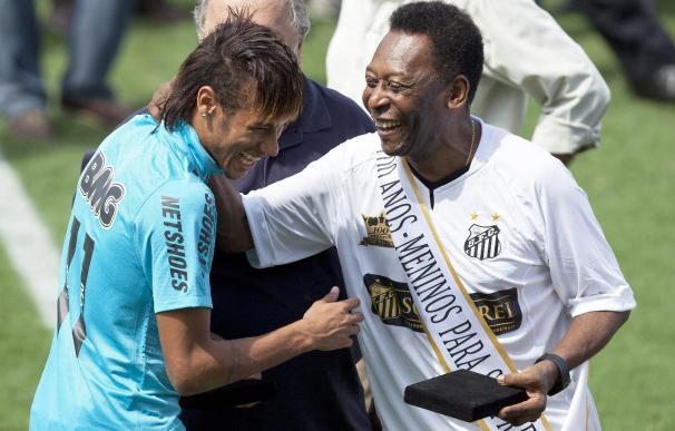 Pelé y Neymar dan su último adiós a la Kombi, la furgoneta de los brasileños