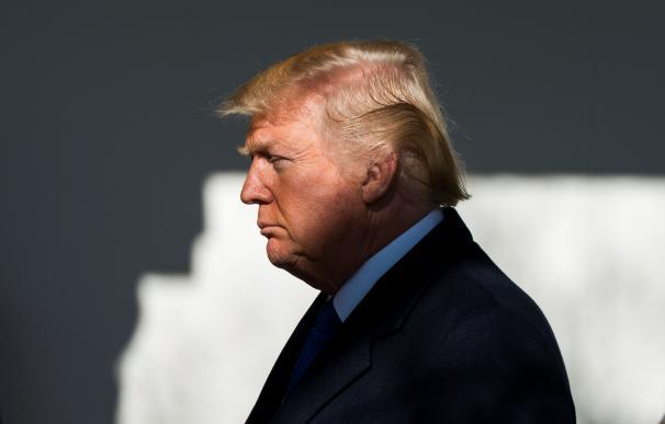 """El presidente estadounidense, Donald Trump, se dirige a los participantes de """"Marcha por la vida"""" y líderes """"Pro-Vida"""" por teleconferencia desde el Jardín Rose de la Casa Blanca, en Washington DC (Estados Unidos) hoy, 19 de enero de 2018. Trump es el prim"""