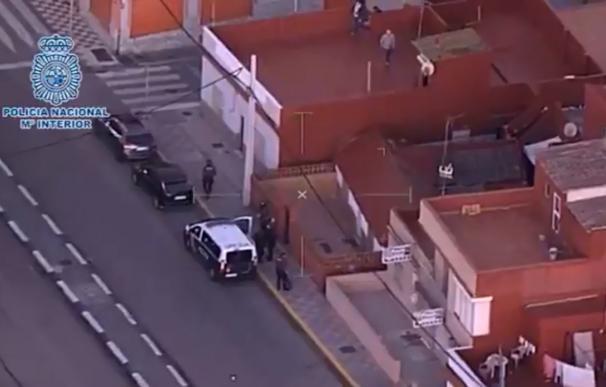 Desmantelado un sistema de radares usado por narcotraficantes para detectar la presencia policial en la costa de Cádiz