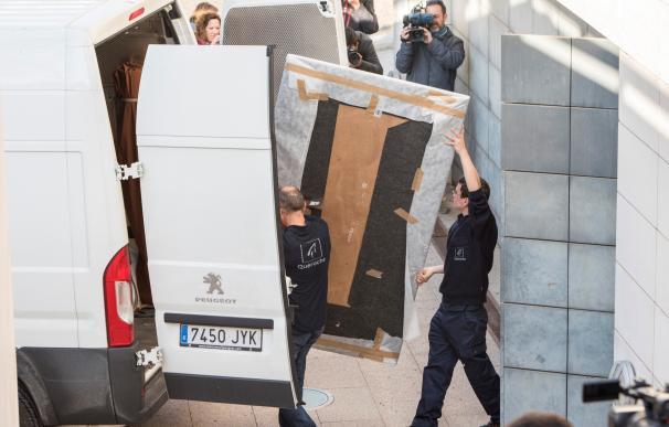 El cuadro de 'La Inmaculada' no se pudo trasladar el pasado 11 de diciembre con el resto de obras de la colección