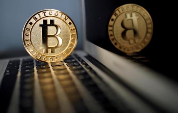 Todos contra el Bitcoin: los gobiernos regulan su uso para controlarlo