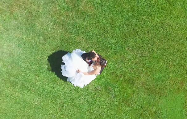 Dron boda