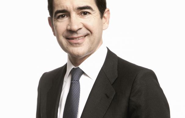 Carlos Torres Vila.