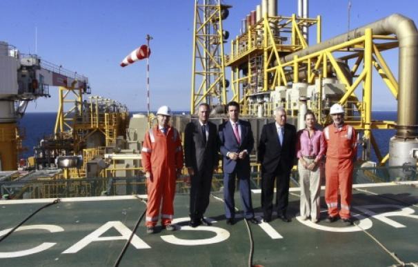 Fabra, Soria y García-Margallo visitan en 2013 la plataforma Castor.