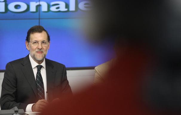 Manos Limpias pide a Rajoy que aplique el artículo 155 de la Constitución a Cataluña y Andalucía por el daño a España