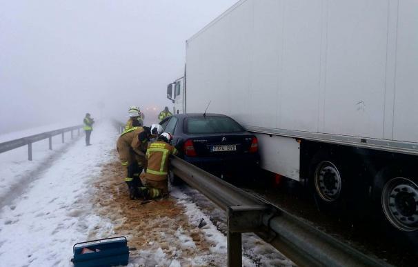 Fallece una mujer y un bebé en un choque entre un camión y un coche en la A-23, en Paniza, en Zaragoza (Foto: DPZ)