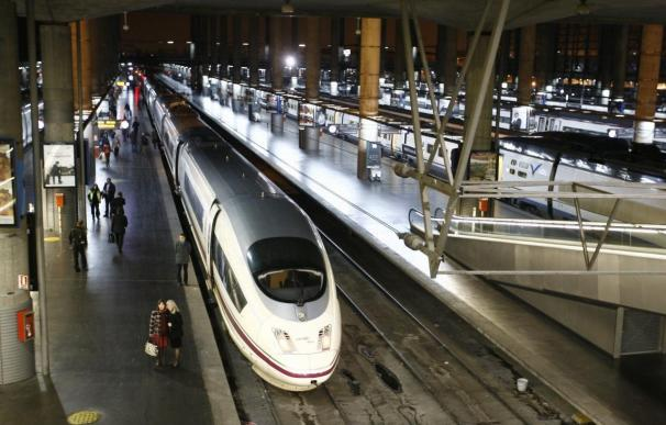 El AVE Madrid-Barcelona eleva a 310 kilómetros por hora su velocidad máxima