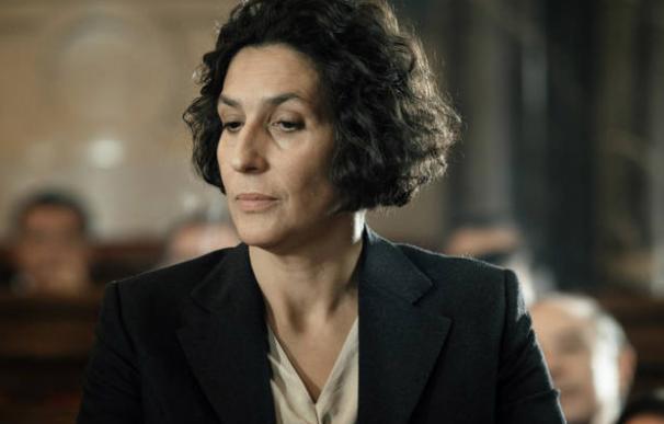 Elvira Mínguez caracterizada como Clara Campoamor