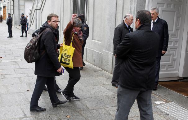 La exdiputada de la CUP Mireia Boya a su llegada a la sede del Tribunal Supremo