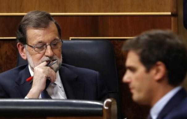 Rajoy y Rivera en el Congreso.