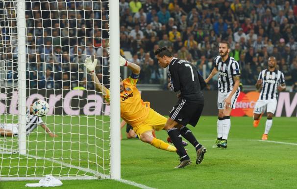 Cristiano anotó su gol 76 en Champions League.