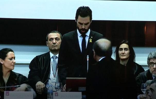 La cúpula judicial catalana abandona el acto en el discurso de Torrent