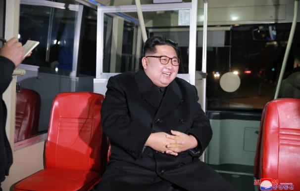 El líder norcoreano Kim Jong-un en imágenes de la agencia oficial (kcna)