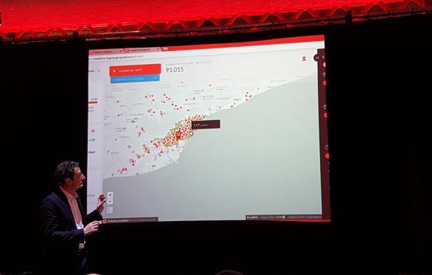 Uno de los directivos de Vodafone, durante la presentación.