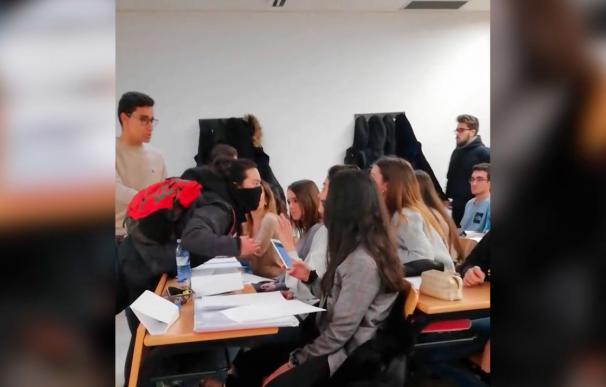 Alumnos y piquetes se enfrentan en la Universidad de Somosaguas