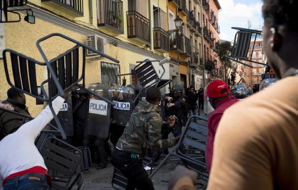 Fotografía Lavapiés caos, muerte senegalés